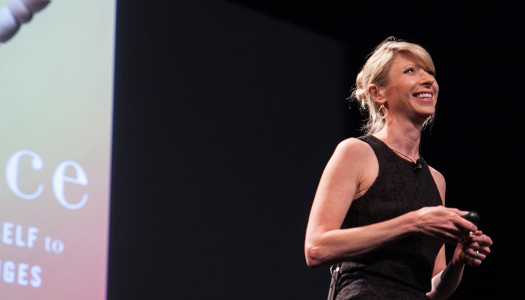 The Secret to Being a Better Public Speaker and a Happier Person: Lifehacks from Amy Cuddy